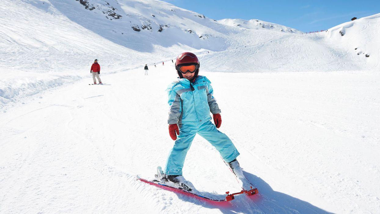 Nos conseils Ski pour un séjour à la montagne en toute tranquillité : comment bien choisir ses skis - CGH Résidences