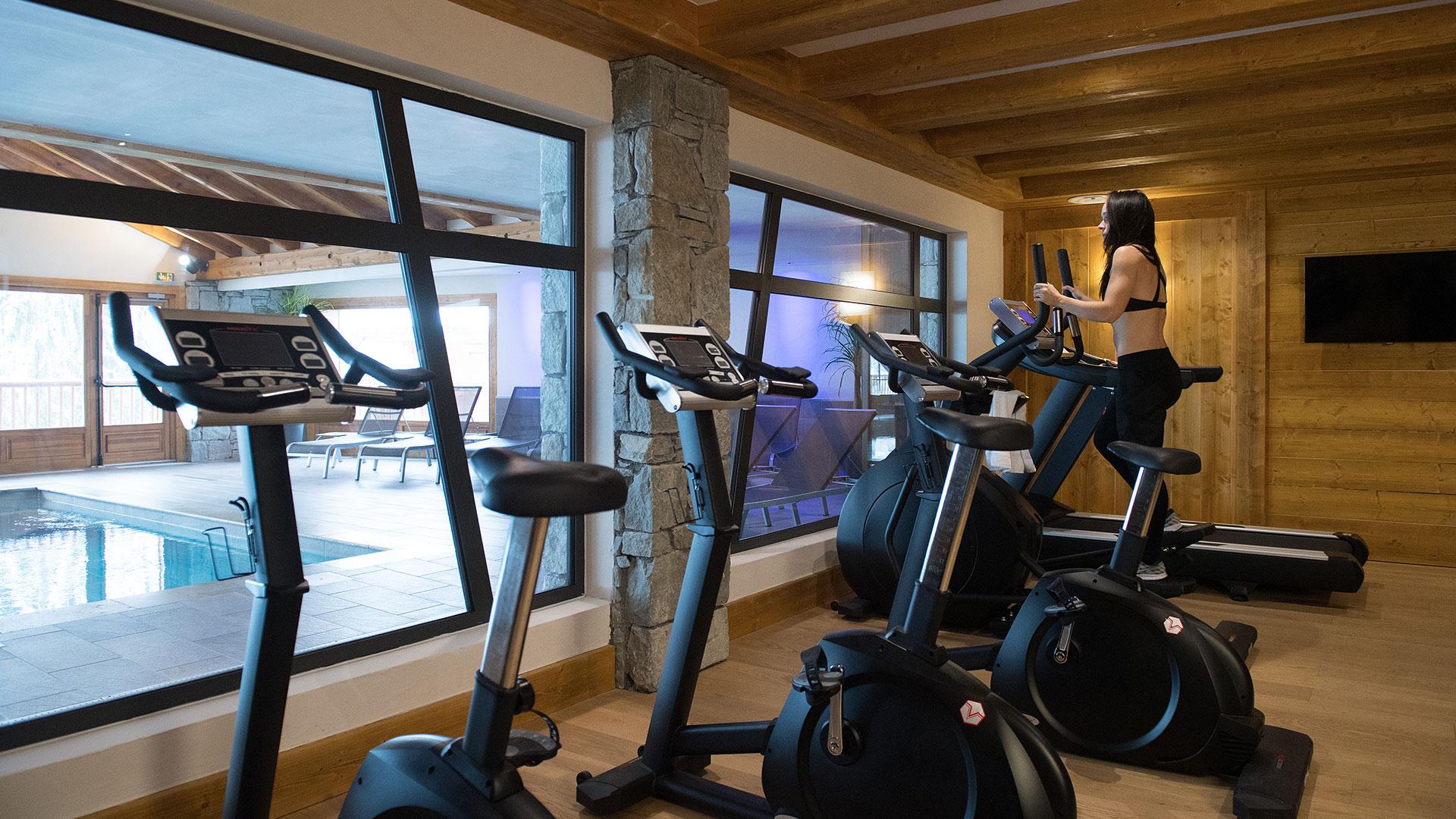 Salle de cardio training, Les Chalets de Léana - CGH Résidences